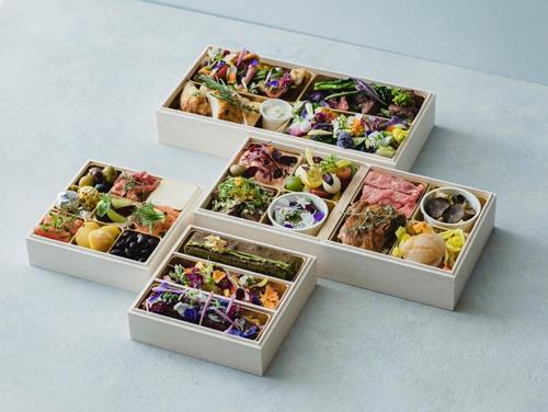 東京・表参道のフレンチ「レストラン・ランス・ヤナギダテ」など57の高級店の食事がタクシーで届けられる