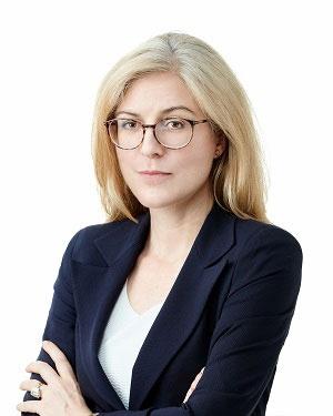 """<span class=""""fontBold"""">ヘレナ・ファング氏</span><br />2008年からESGと持続可能な投資のエキスパートとして活躍。アジアのファミリー・オフィスでESG統合、株式分析などを担当した後、FTSEラッセルに入社。英ロンドンで、ハーミーズ・インベストメント・マネジメントの責任投資部門で顧客対応のグローバルヘッドとして、年金基金や資産運用会社が持続可能性の基準をポートフォリオに統合することを可能にした。14年に香港に移り、現職(写真提供:FTSEラッセル)"""