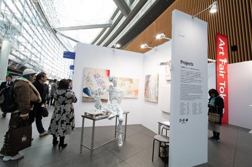 2019年のアートフェア東京には6万人が訪れ、総売り上げは約30億円に上った