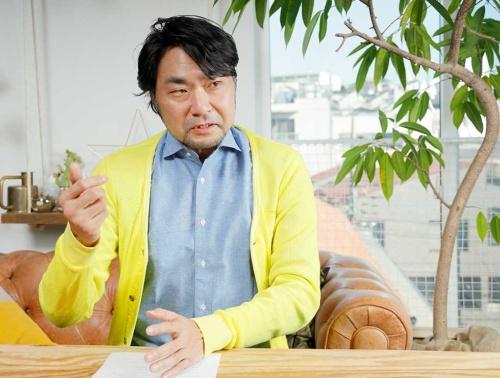 エムテド代表取締役の田子學氏。アートディレクター、デザイナーとして、イノベーションの実現を目指す企業へのデザインマネジメント導入を進めている