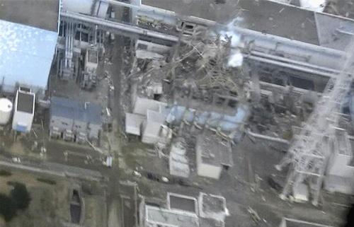 2011年3月11日に起きた大地震と津波は、福島の原子力発電所にも重大な被害をもたらした(写真:TEPCO/ロイター/アフロ)