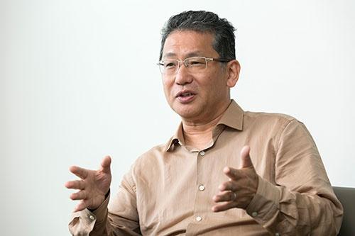 LIXILグループの瀬戸欣哉CEO(写真:的野弘路)