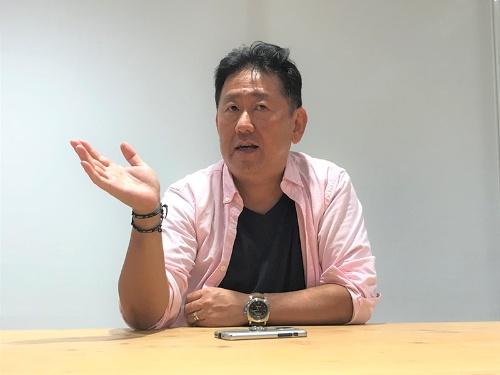Agoopの柴山和久社長は「郊外から都心へ来ていた人のうち、少なくとも3割が今も移動を控えている」と話す
