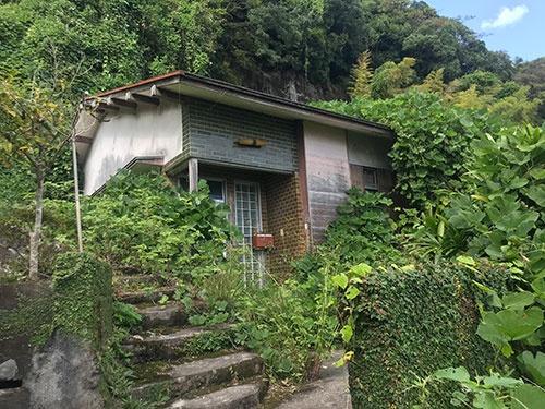 竜ヶ水地区は過去に崖崩れが起きたこともあり、街を去った人が多くいる