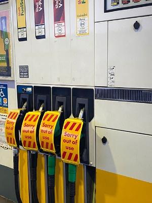 英国各地でガソリン不足が続いている