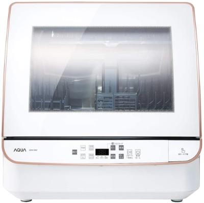 庫内が見やすく手入れもしやすい、送風乾燥方式採用のアクア「ADW-GM2」(実勢価格4万3440円)。24点(家族4人分)の食器を洗える