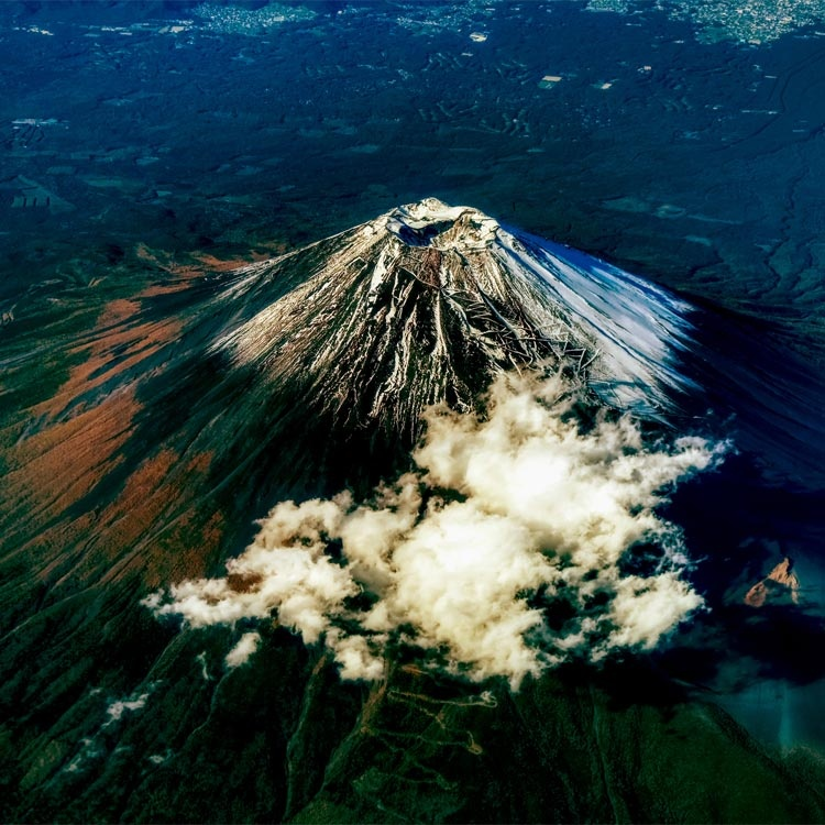 「富士山噴火と巨大地震」リスクが巨大になると人は思考停止に
