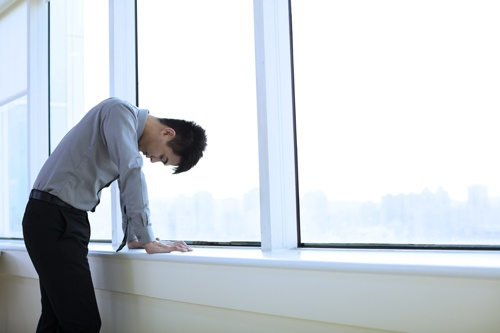 新規事業のアイデアを出しているのに……。そう嘆く若手社員も多いだろう(写真はイメージ、写真:Shutterstock)