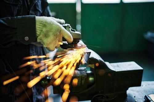 中小企業を取り巻く環境は厳しい(写真:PIXTA)