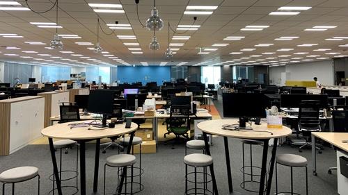 サイボウズのオフィスの執務スペース