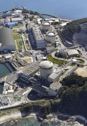 「新増設」が幻となった関西電力美浜原子力発電所(写真:共同通信)