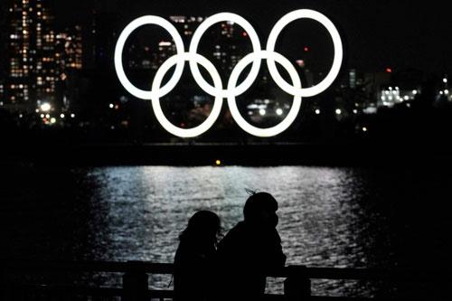 東京オリンピック・パラリンピックの開催可否について、いよいよ結論を出すべき時期となっている(写真:AP/アフロ)