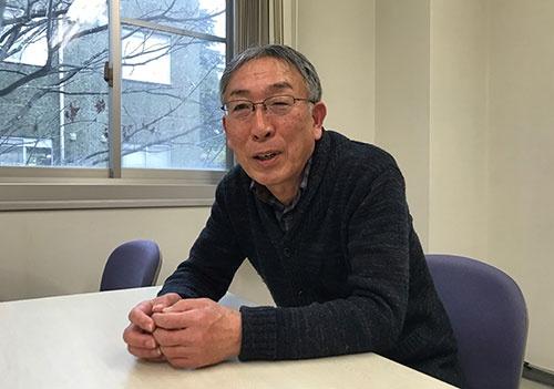 「世間を見たところに近江商人の先進性がある」と語る滋賀大学の宇佐美英機名誉教授
