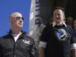 ベゾス氏VSマスク氏、2人の天才が開く宇宙ビジネス勃興の扉