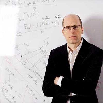 哲学者で英オックスフォード大学教授のニック・ボストロム氏。著書にAIの脅威を分析した『スーパーインテリジェンス 超絶AIと人類の命運』(日本経済新聞出版社)などがある