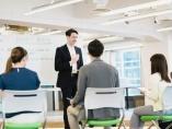 週1回の英会話教室通い、英語が話せるようになるまで何年かかる?