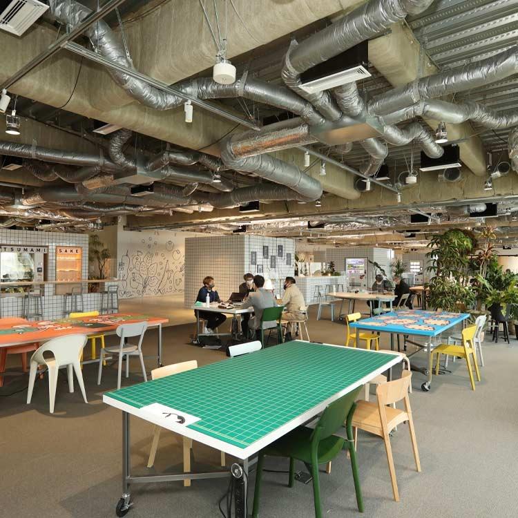 """乃村工藝社が""""社内公園""""、オフィスは楽しみで集まるところ"""