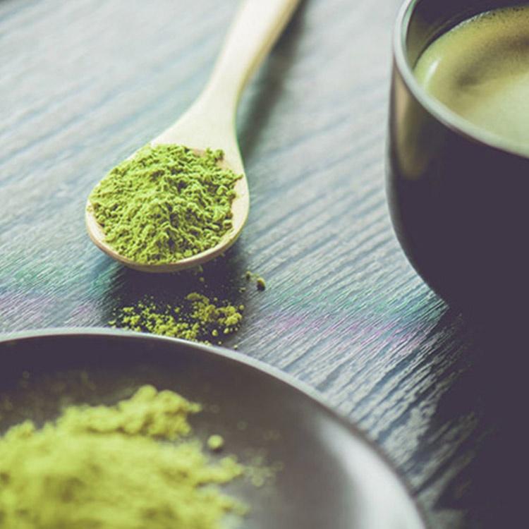 抹茶の栄養成分に注目! カテキンは緑茶の2倍、筋トレ効果も高める
