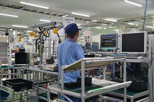 日本の製造業は生産性の低さが課題(写真:PIXTA)