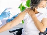ワクチン接種、全力で攻めてこそ医者も市民も救われる
