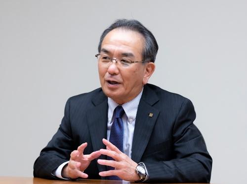 京セラの谷本秀夫社長は、現場のチャレンジ精神の低下に危機感を抱いていた