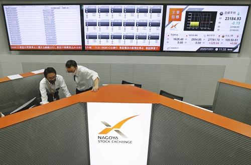 2020年10月に東京証券取引所のシステムトラブルで売買が終日停止した際は、東証のシステムに相乗りする名古屋証券取引所でも取引がストップした(写真=共同通信)