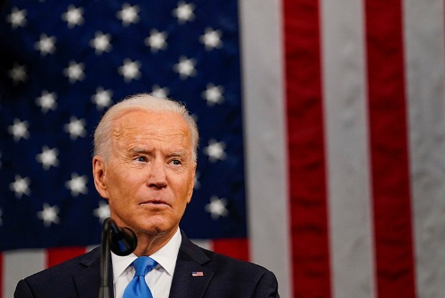 バイデン大統領は4月28日、両院合同会議で演説した(写真:代表撮影/ロイター/アフロ)