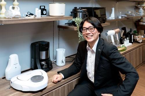 パナソニックで国内家電のマーケティングを担当する高須泰行・ブランド戦略課長(写真:高山透)