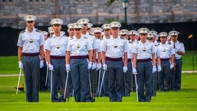 ウエストポイント(米陸軍士官学校)で育まれる「リーダーシップの本質」とは(写真:Alan Budman/Shutterstock.com)