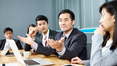 失敗を恐れず、失敗に学ぶことが、リーダーには求められる(写真:imtmphoto/Shutterstock.com)