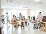 個人データの流通阻む「2000個問題」、SOMPOは介護・医療の協力期待