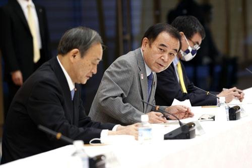 2020年10月、国家戦略特区諮問会議に出席した坂本哲志地方創生相(中央)。この時点では2021年春ごろに指定区域を選定する計画だった(写真:共同通信)