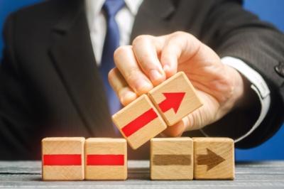 「やめる」ことで新しい選択肢が見えてくる(写真:Andrii Yalanskyi/Shutterstock.com)