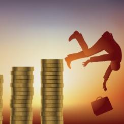 貯蓄・運用目的の生保加入は、なぜダメージが大きいのか?