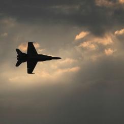 風立ちぬ次期戦闘機「F-X」 国産信仰でも英米迎合でもない針路