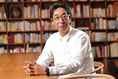 「第17回 日本イノベーター大賞」の大賞を受賞した良品計画の金井政明会長(写真:村田 和聡)