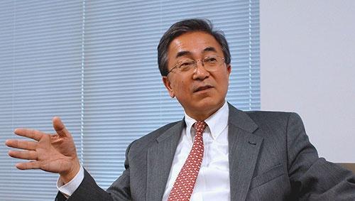 <b>八木洋介(やぎ・ようすけ)</b><br/>1955年京都府生まれ。1980年京都大学経済学部卒業後、NKK(現JFE)に入社。人事などを歴任する。1999年にGEに移り、GE Medical Systems Asia、GE Money Asia、日本GEでHRリーダーを務める。2012年より現職。著書に『戦略人事のビジョン 制度で縛るな、ストーリーを語れ』(光文社新書・共著)がある。