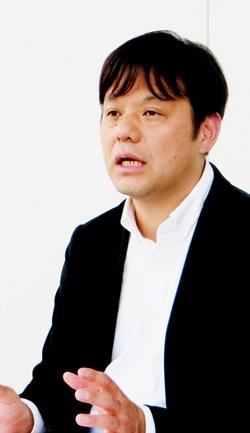 <b>佐野 徹(さの・とおる)氏 </b><br/>日本テレビ スポーツ局担当部次長(兼)スポーツ事業推進部プロデューサー