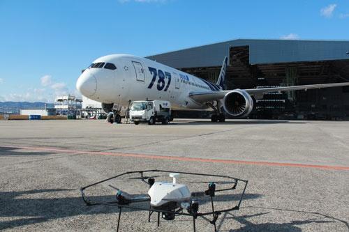 ドローンを使った機体点検の実験
