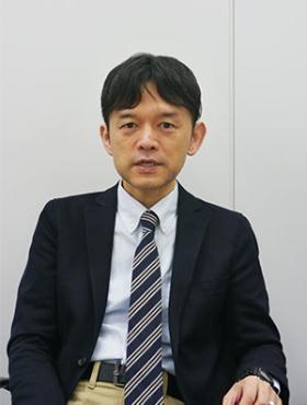 <b>石田猛行(いしだ・たけゆき)氏</b><br/>ISSエグゼクティブ・ディレクター。1999年からワシントンDCのInvestor Responsibility Research Center(IRRC)に勤務し、主に日本企業の株主総会の議案分析やコーポレート・ガバナンスの調査を担当。2005年のISSによるIRRCの買収に伴い、同年12月からISS Japanに勤務。金融庁「日本版スチュワードシップ・コードに関する有識者検討会」メンバーや経済産業省「コーポレート・ガバナンス・システムの在り方に関する研究会」委員、経済産業省「株主総会のあり方検討分科会」の委員を務める。ジョンズホプキンズ大学大学院にて、国際関係論修士号を取得。