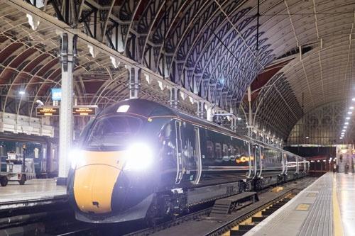2017年10月には英国で日立が納入した高速車両が営業運転を開始した
