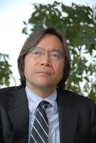 <b>田坂 広志(たさか・ひろし)</b><br />多摩大学大学院教授/シンクタンク・ソフィアバンク代表。1951年生まれ。74年東京大学卒、81年同大学院修了。工学博士(原子力工学)。2000年、多摩大学大学院教授に就任。同年、シンクタンク・ソフィアバンクを設立。2011年、東日本大震災に伴い、内閣官房参与に就任。原発事故対策、原子力行政改革、エネルギー政策転換に取り組む。
