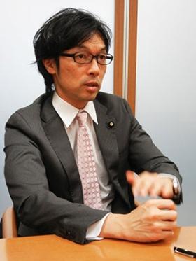 「しがらみなく、是々非々の党でやっていきたい」と松田氏は話す