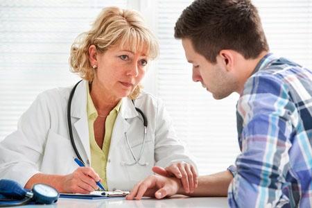 薬物依存症の治療に大きな効果を発揮する「条件反射制御法」は、ストーカーの治療にも非常に有効だ。「止められない人」は入院治療を。(写真:alexraths/123RF)写真はイメージです