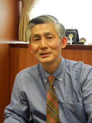 <b>樋口 晴彦(ひぐち・はるひこ)氏</b><br/>警察大学校警察政策研究センター教授。1961年、広島県生まれ。東京大学経済学部卒業後、上級職として警察庁に勤務。現在、警察大学校教授として、危機管理・リスク管理分野を担当。企業不祥事研究の第一人者。米国ダートマス大学MBA、博士(政策研究)。近著に『なぜ、企業は不祥事を繰り返すのか』(日刊工業新聞社)、『悪魔は細部に宿る ―危機管理の落とし穴』(祥伝社)など。