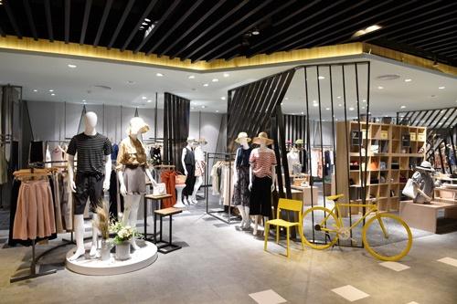 中国武漢の百貨店・武漢武商広場にオープンしたセレクトショップ「S GALAXY TOKYO+」