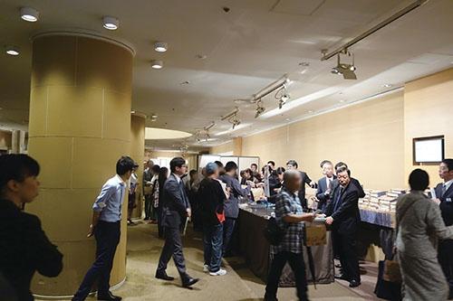 16年6月の株主総会は、創業家の出方に注目が集まった