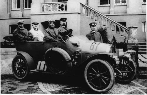 ミーレが1912年に製造した自動車。人気を博したがあえて2年で撤退した