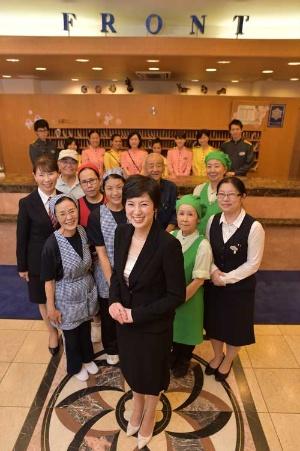 <b>くろだ・まいこ</b><br />1976年東京都生まれ。聖心女子大学卒業、立教大学大学院修了。2002年、父の西田憲正氏が経営する東横インに入社。営業企画部で新店立ち上げに携わる。結婚、出産のため05年に退社。08年に副社長として復帰し、12年6月から社長。夫と2女の4人暮らし(写真:菊池一郎)