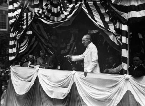トーマス・ウッドロー・ウィルソン第28代米国大統領。任期は1913年3月4日~1921年3月4日 H. Armstrong Roberts/ClassicStock/Getty Images